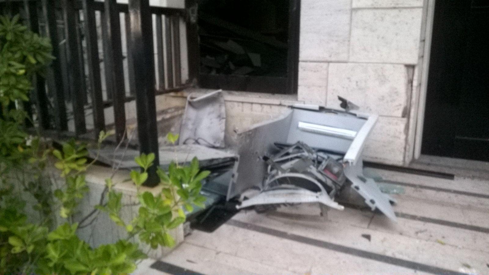 Esplosione bancomat Cologno Arrestate quattro persone Bottino da 60mila euro