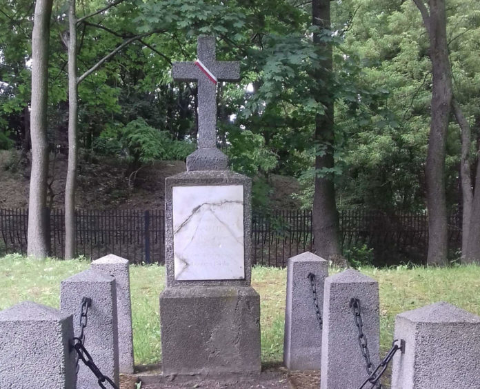 Novizzo Cittadini tomba soldato giuliese