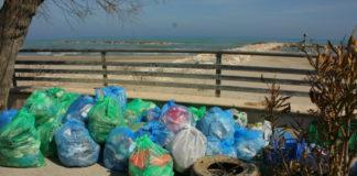 hiking for change raccolta plastica e rifiuti