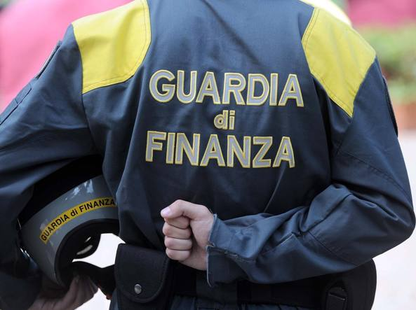 Guardia di Finanza (Il Martino - ilmartino.it -)