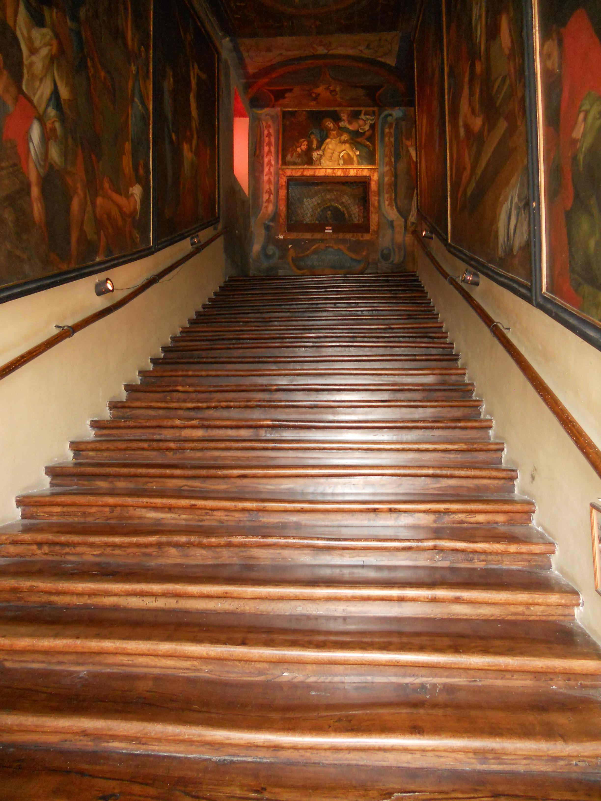 Scala Santa, Campli. Foto di Valentina Fagnani (Il Martino - ilmartino.it -) M'Art - Arte e Cultura -