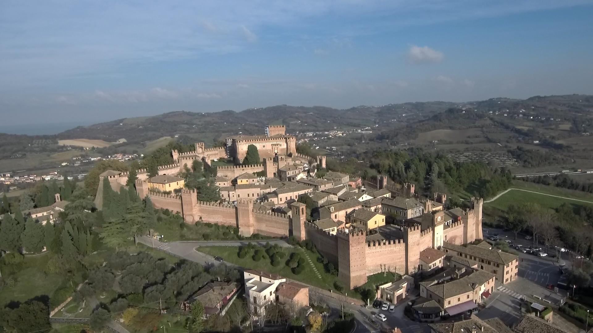 Pesaro e Urbino, Castello di Gradara (Il Martino - ilmartino.it -) M'Art - Arte e Cultura -