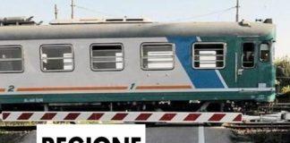 Regione Marche. passaggio a livello, treno (Il Martino - ilmartino.it -)