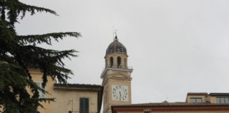 Macerata, Torre civica (Il Martino - ilmartino.it -)