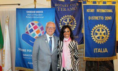 Governatore del Distretto Rotary 2090 Gioacchino Minelli Presidente Club Teramo Daniela Tondini